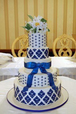 Huascar & Company Bakeshop Blue Damask Cake with Sugar Flowers